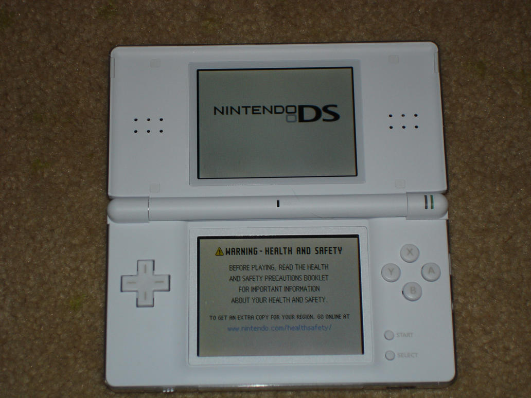 DS Lite Turned on by Earthbender-Style
