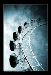 London Eye by DesperateHell