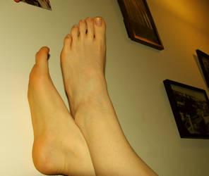 Feet. y by Makikozlik