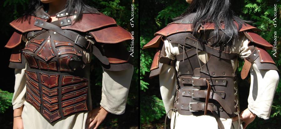Costum feminine armor by ArtisansdAzure