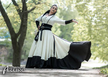 Black And White Sorceress