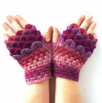 Berry Pink Dragon Gloves