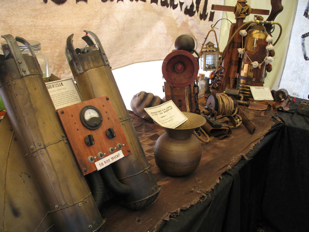 Steampunk Paranormal Equipment by Ryu-Gi