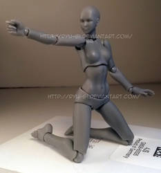 Female Kneeling Pose 02