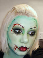 Zombie Make Up by roxy-rouge