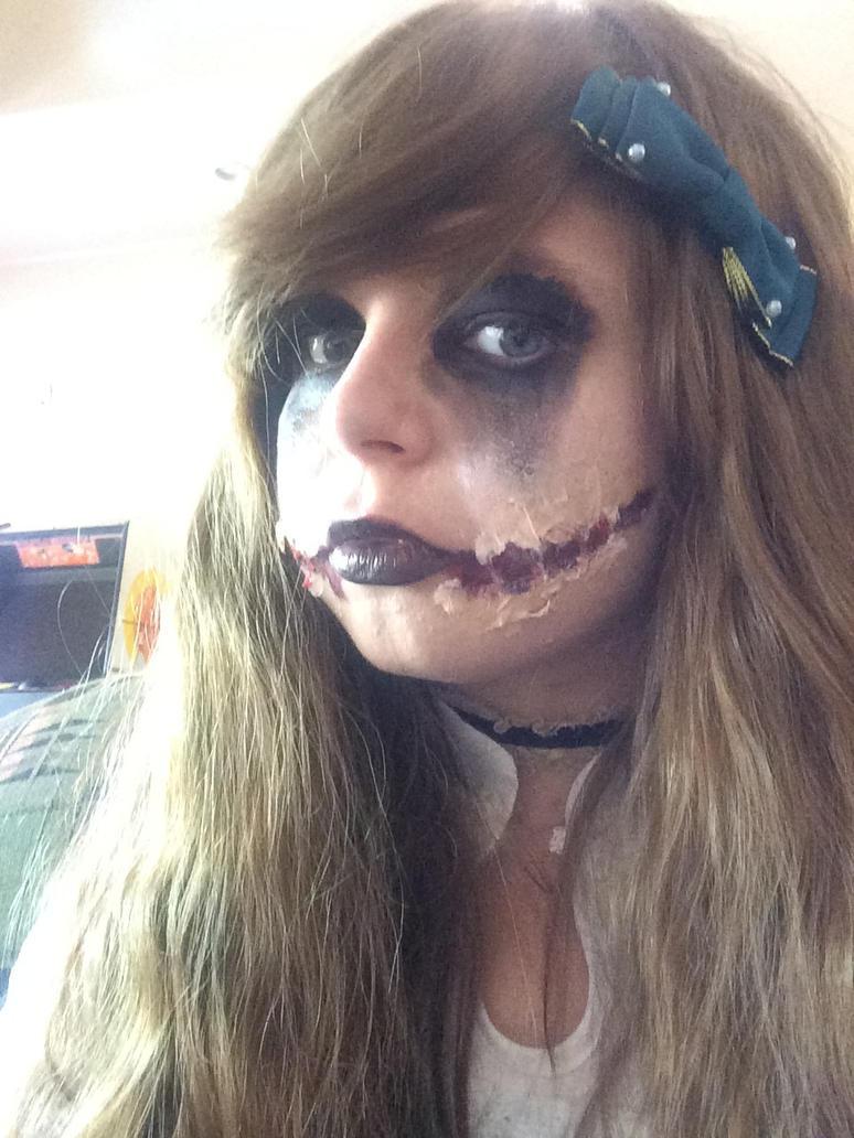 Dead doll by Stormdeathstar9