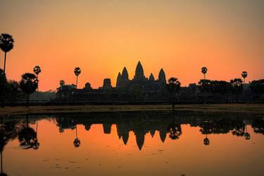 Angkor Wat by serhatdemiroglu