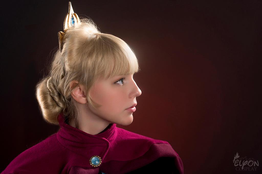 Elsa's coronation by Szaloncukor