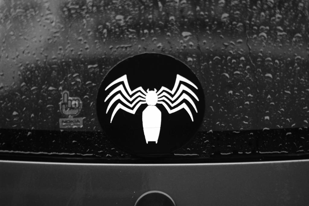 Its Raining Venom by in-the-change