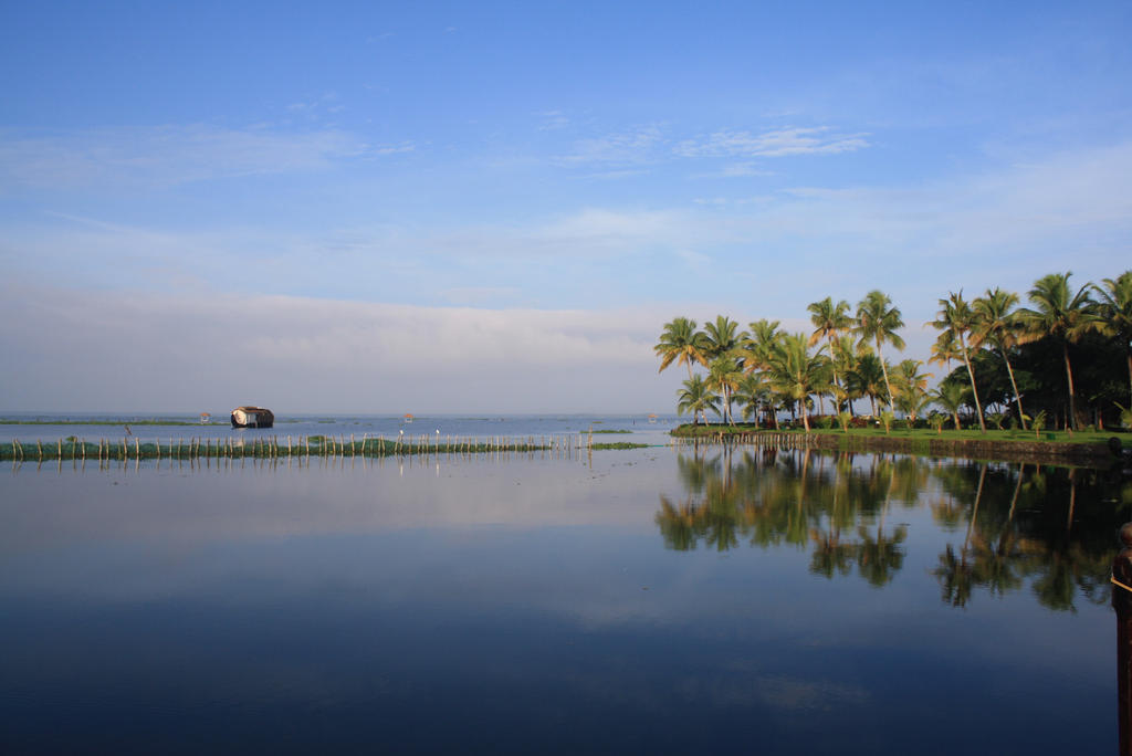 Kumarakom by mechanizedwitch