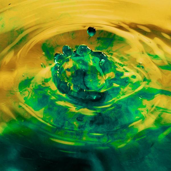 Blue Drop by FotoNerdz