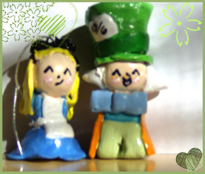 Hatter and Alice Thingies by Azmila