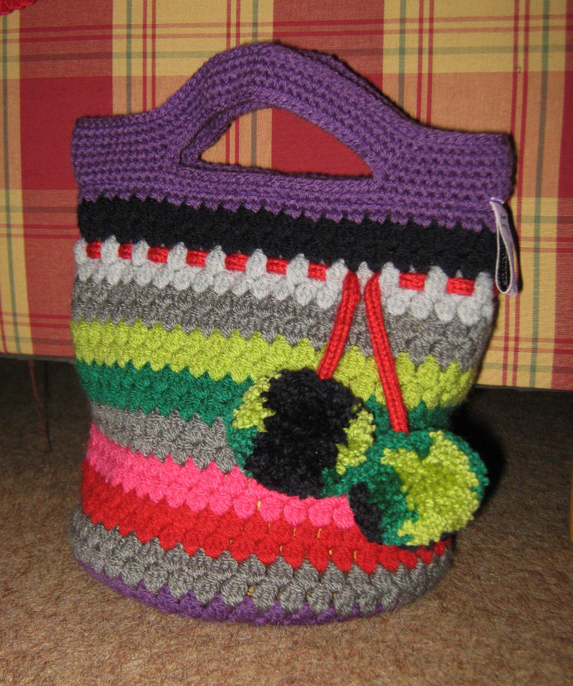 Bag cluster stitch with pompoms by DarkDollArt