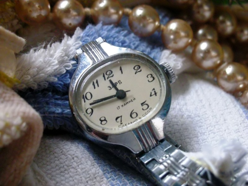 Check your watch, Cinderella by sweet163