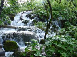waterfalls by derDotzi