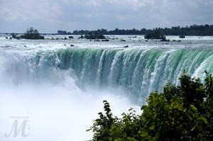 Niagara Falls by MLynnK