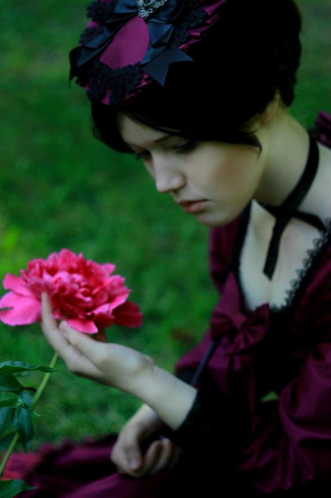 Lady by Lyumos
