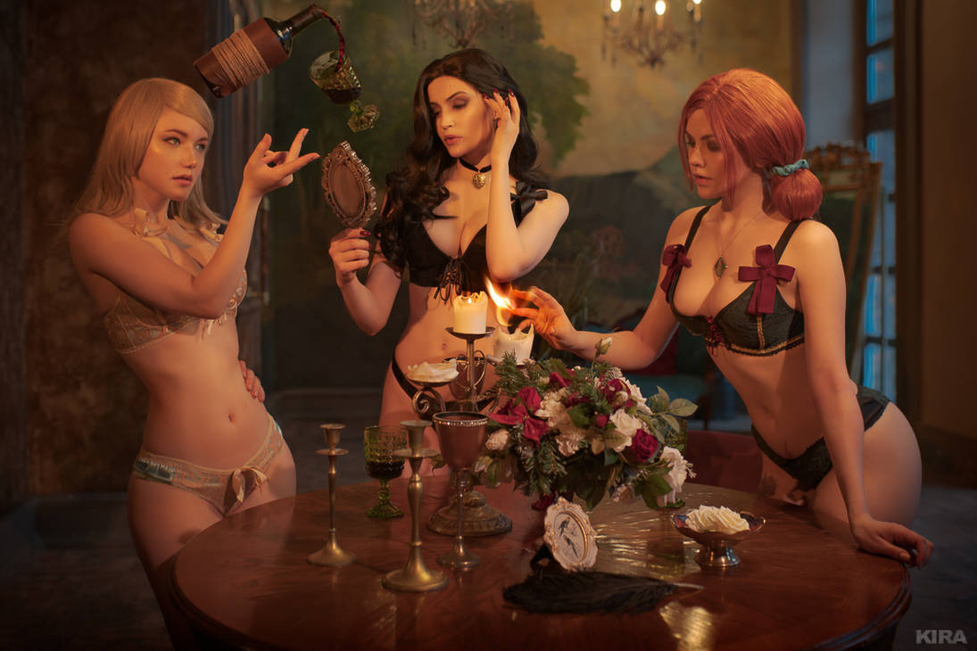Sorceresses party (Witcher cosplay frame 1)