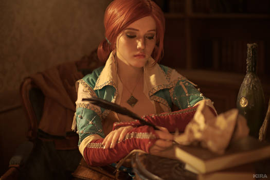 Triss Merigold cosplay frame 8