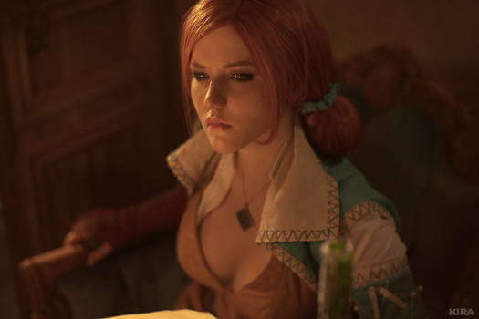 Triss Merigold cosplay frame 11