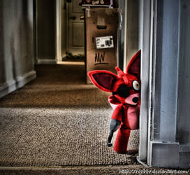Five Nights At Freddy's - Foxy by roobbo