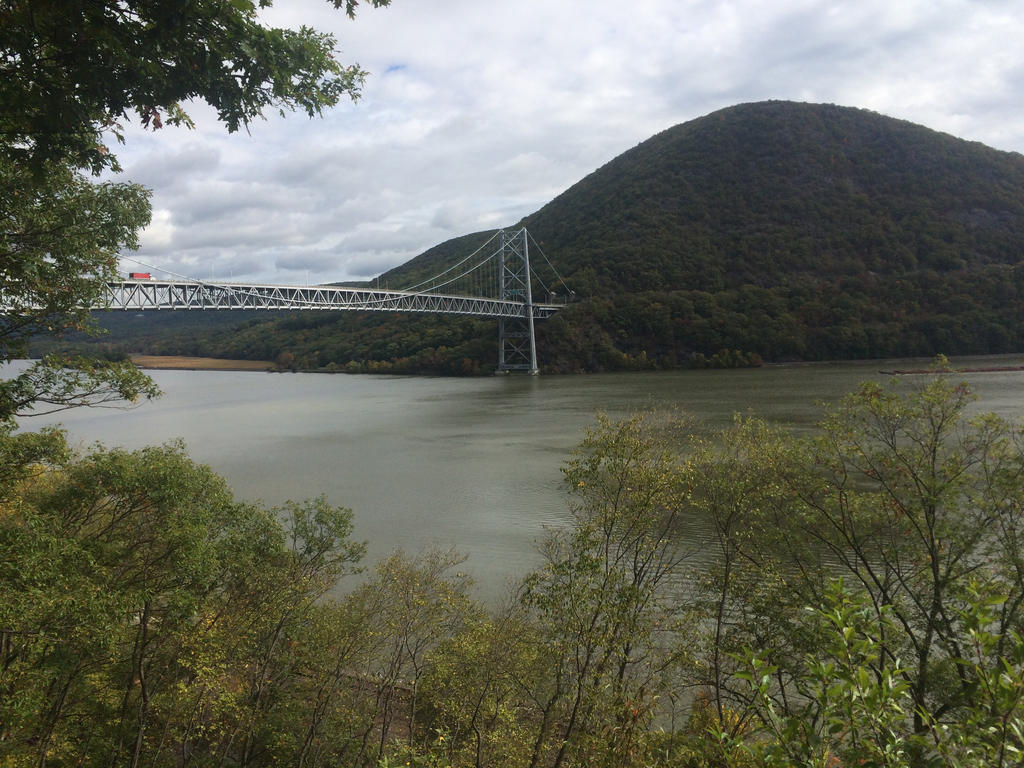 Bear Mountain Bridge  by GrandNightConvoymare