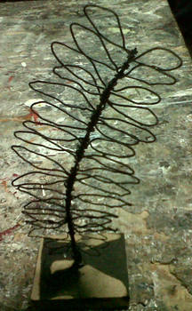 Leaf Wire Sculpture