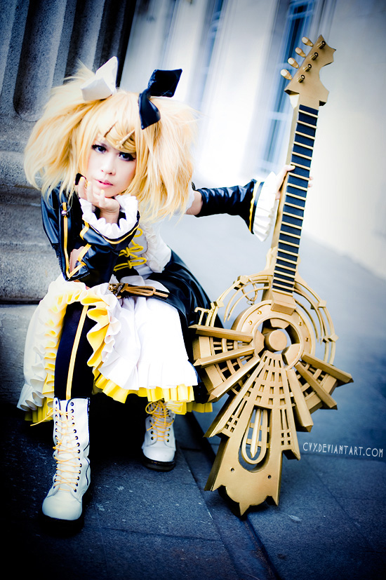 Cosplays~ 6426c455dee4a9c35ad776c00480ebb3-d33asy6
