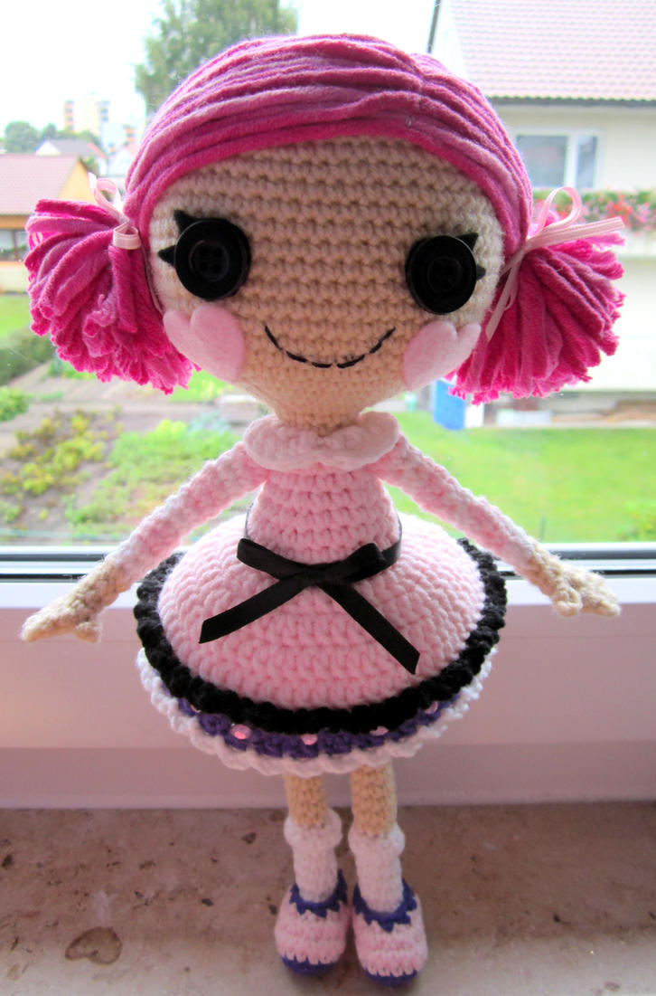 Lala inspired crochet doll by annie-88 on DeviantArt