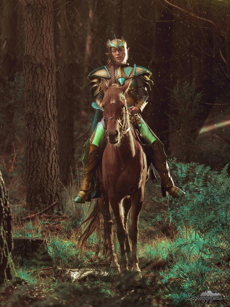 Far Horizons - Skyrim Cosplay by raquelsparrowcosplay