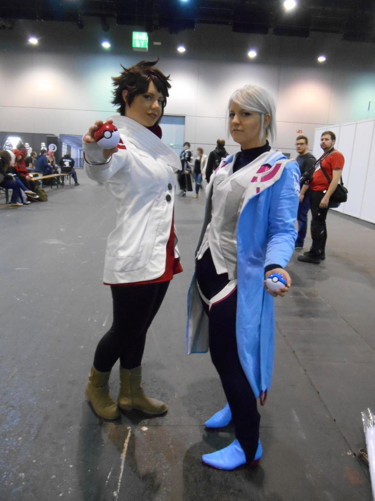 EpicCon Frankfurt 2016 cosplay: Candela n Blanche by Lalottered