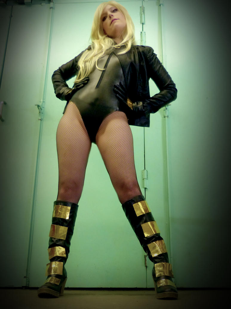 black canary by Nerine-ayalaure
