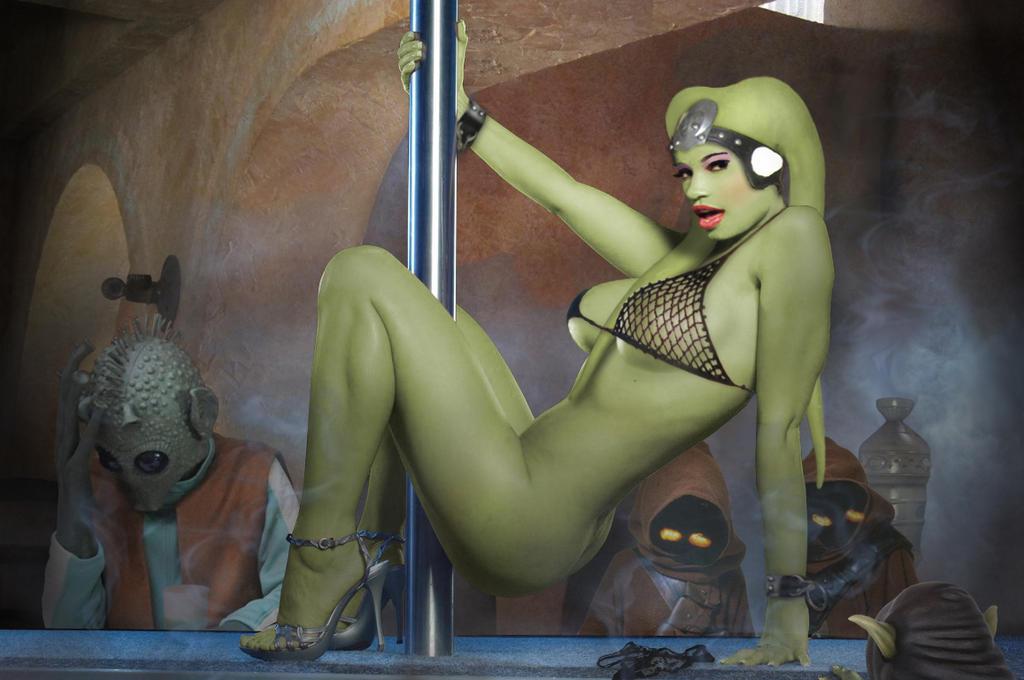 nude cosplay Oola