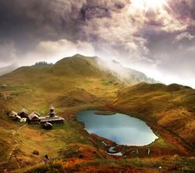 Prashar Lake by jOphir