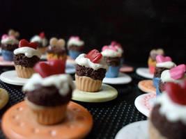 valentinie cupcakes on plates