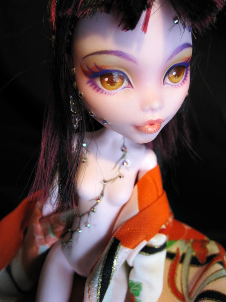 MH Custom - Crystal Sakura by periwinkleimp