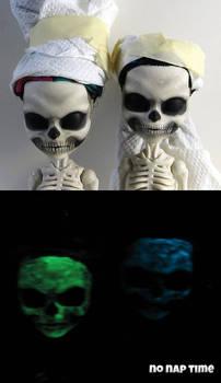 Glow in the Dark Skelitas
