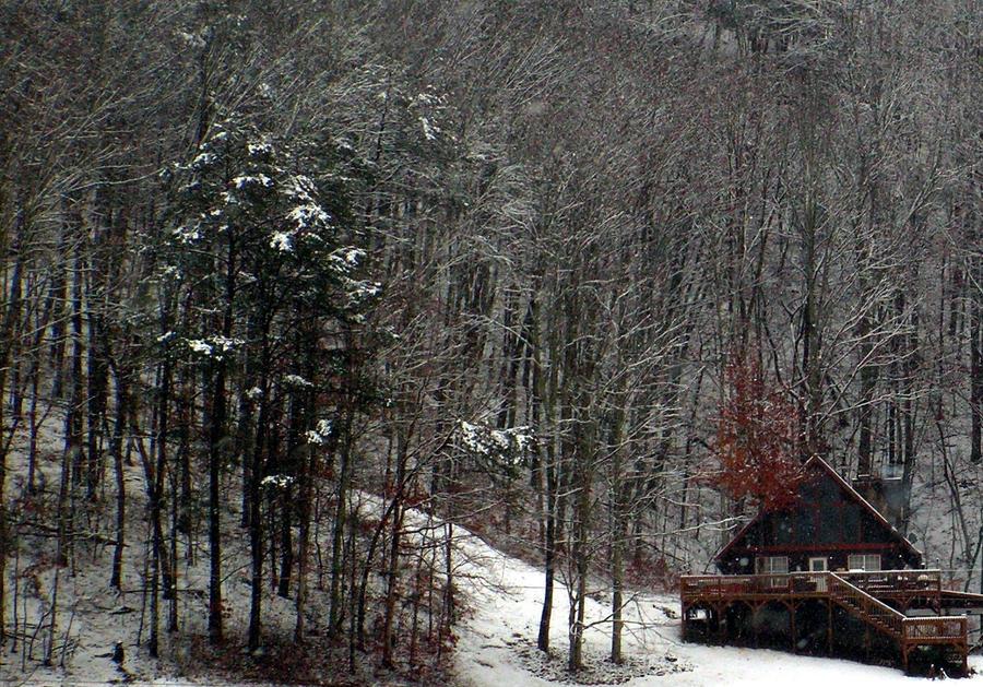 Winter Cabin by photowizard