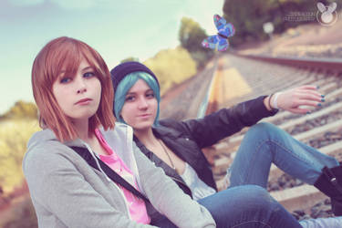 Welcome home, Max. - Chloe and Max cosplay