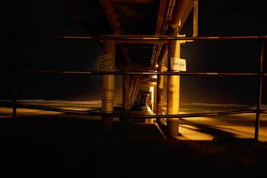 Under the Pier by beckenslobber