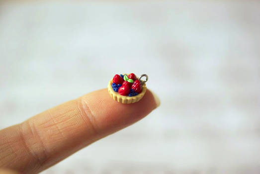 The Tiniest Fruit Tart
