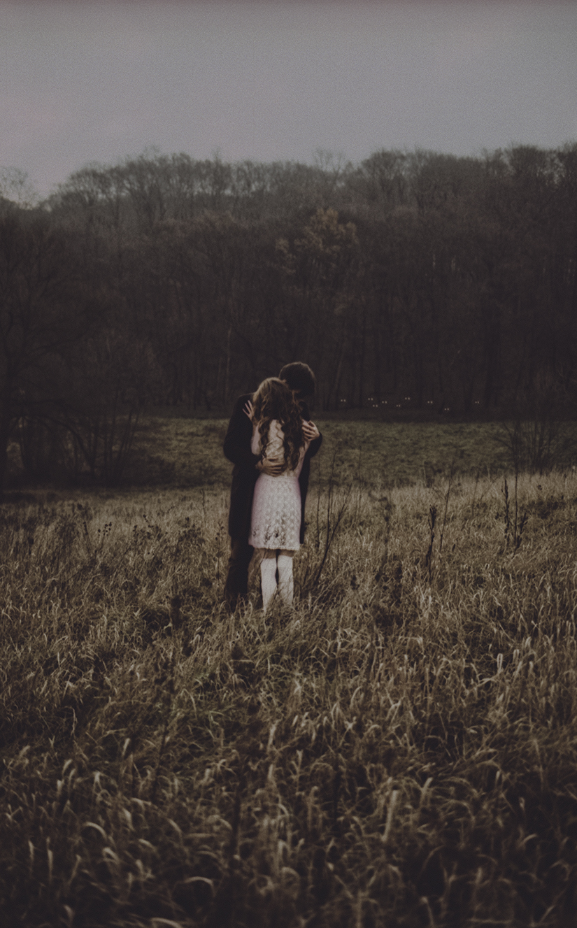 You can't protect me from them. by laura-makabresku