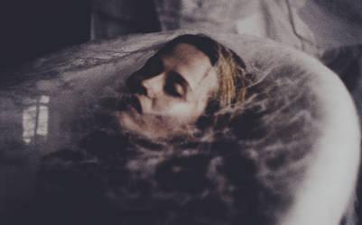 Natalia and her nightmares. by laura-makabresku