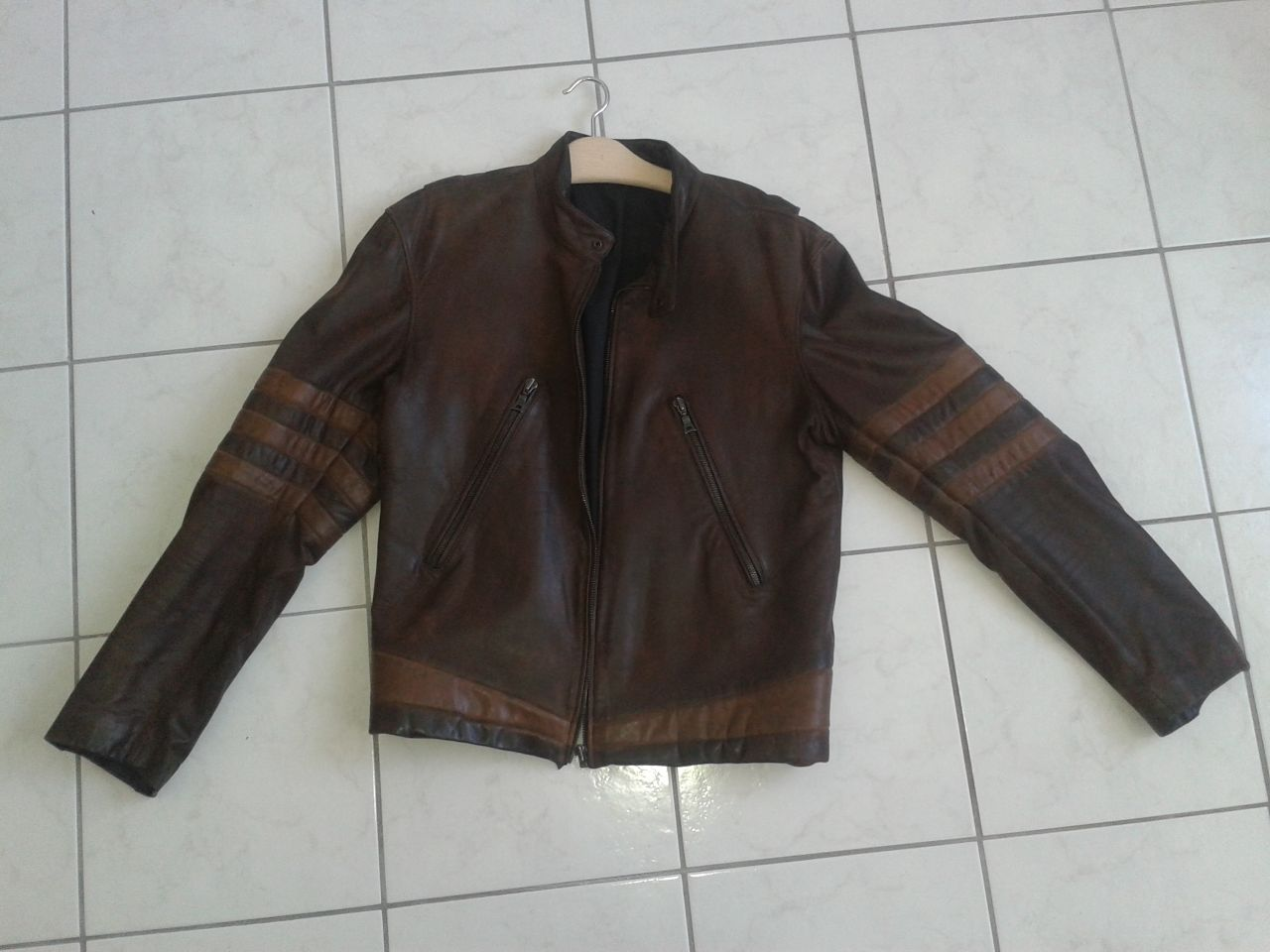 Leather jacket yellow stripe - Fs Wolverine Leather Jacket S For Sale