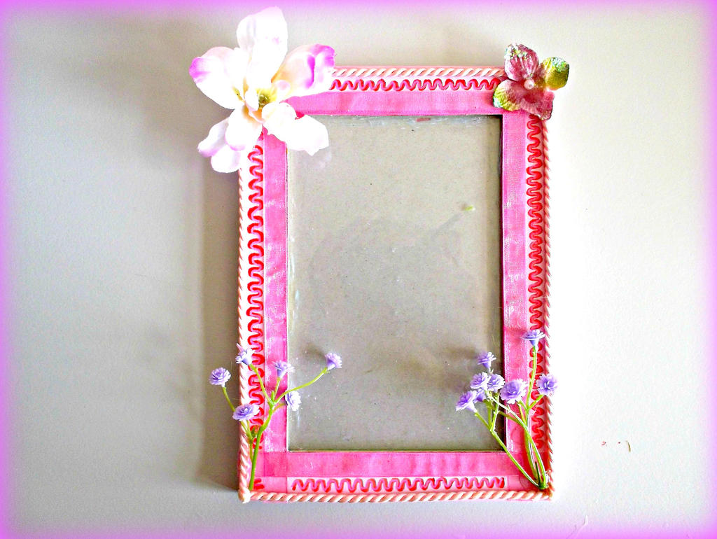 3D Decorated handpainted Acrylic Pink Photo Frame by AryiaCassandra ...