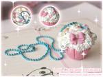 Lolli Cupcake necklace