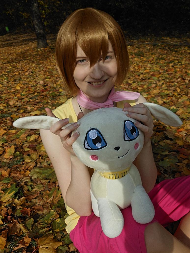 Kari and Salamon [Digimon Adventure Cosplay] by Hikamaus