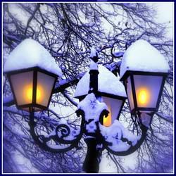 Snowy Lights by Aivaseda