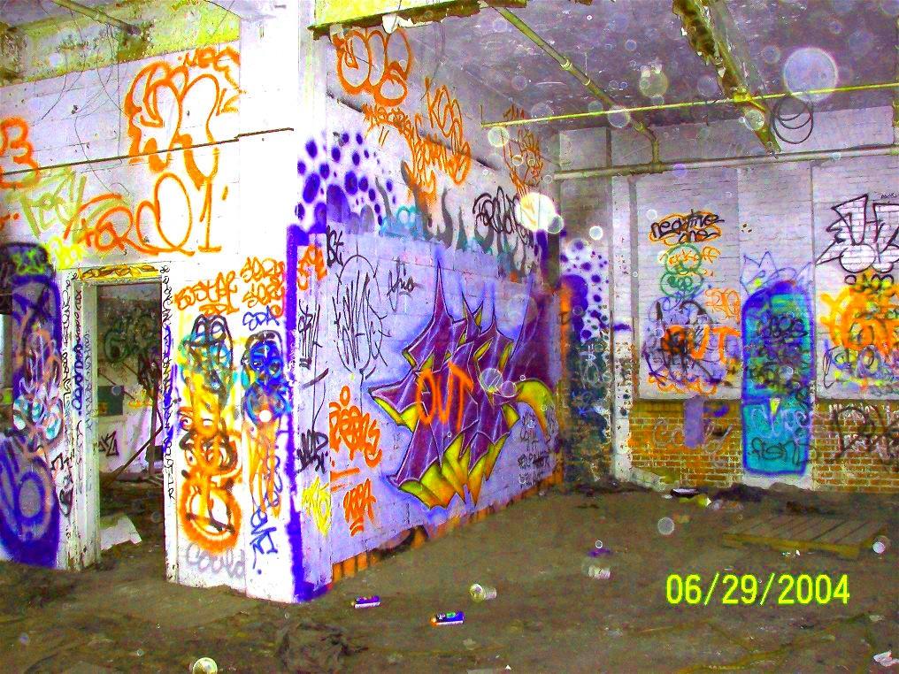 Graffiti Room By Liveoutsidethebox On DeviantArt