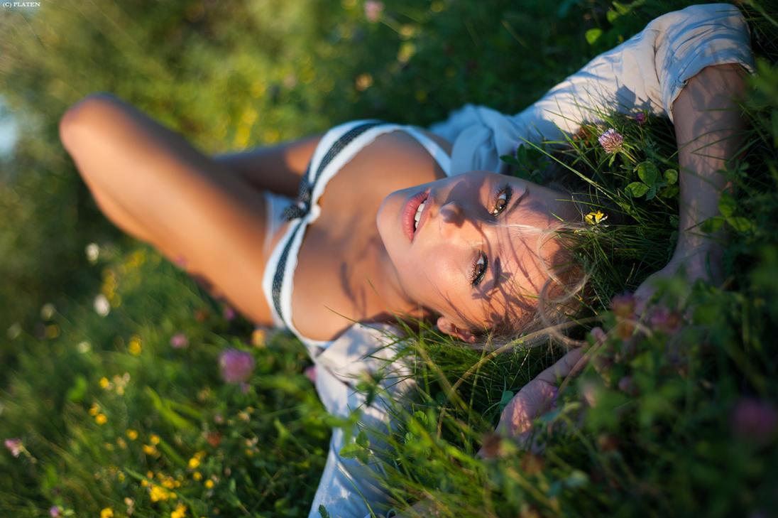 Grass Relax (ctnd.) by platen
